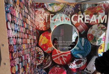 デザイン缶で有名なブランドのプレス発表会の画像